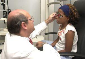 revisiones siempre por un oftalmólogo
