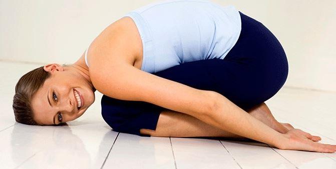 yoga para aliviar los dolores menstruales