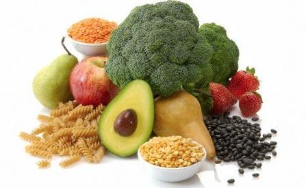 ingiere alimentos ricos en fibra