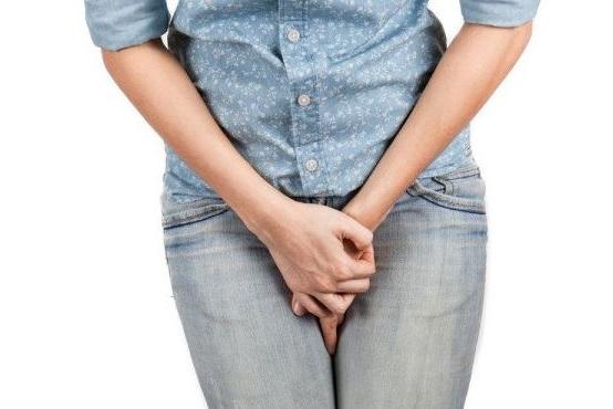 aguantarse la orina es malo para nuestros riñones