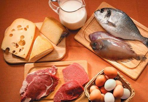 comer proteinas reduce los antojos