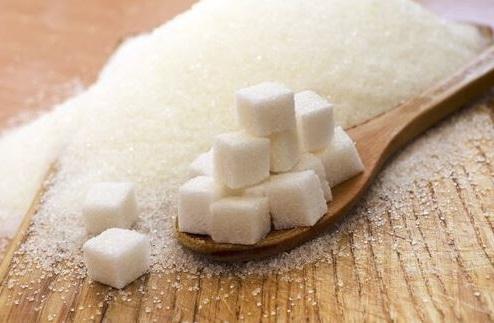 Por qué el azúcar es tan malo para tu piel y tu cuerpo en general