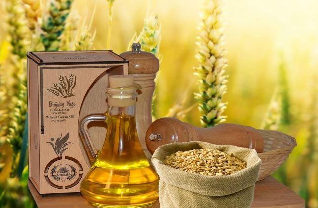 el aceite de germen de trigo es una gran fuente de vitaminas y minerales que ayudan a combatir la papada