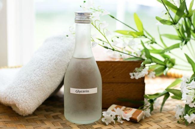 la glicerina se encuentra en muchos productos cosmeticos