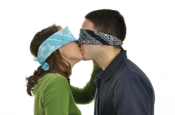 tiene mucho sentido la frase que dice que el amor es ciego