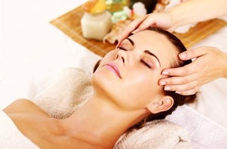 los masajes en la cabeza estimulan la circulacion y relajan