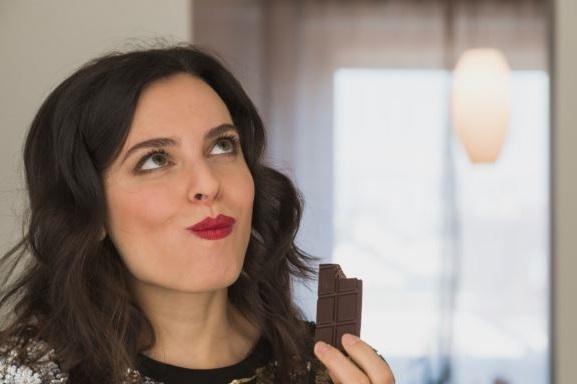 el chocolate negro mejora y estimula la funcion cerebral
