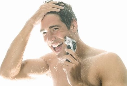 acicalarte con una ducha y un buen afeitado hara que te sientas mejor