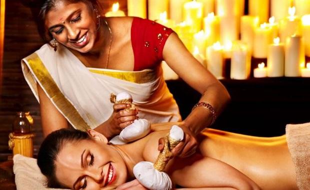 la miel ha sido utilizada por la medicina Ayurveda India durante milenios para mejorar su salud