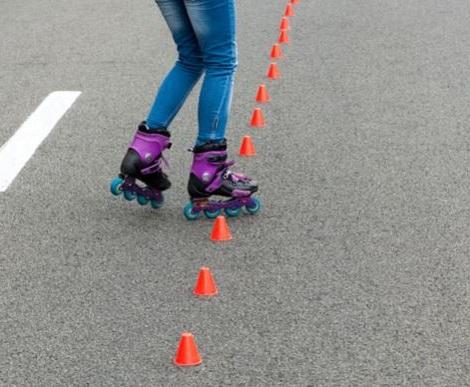 patinar mejora el equilibrio y la agilidad