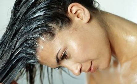 tambien es buena la leche de coco para el crecimiento del cabello y evitar su caida