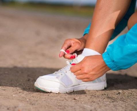 realizar actividad fisica es muy importante para vencer las ganas de tomar azucar