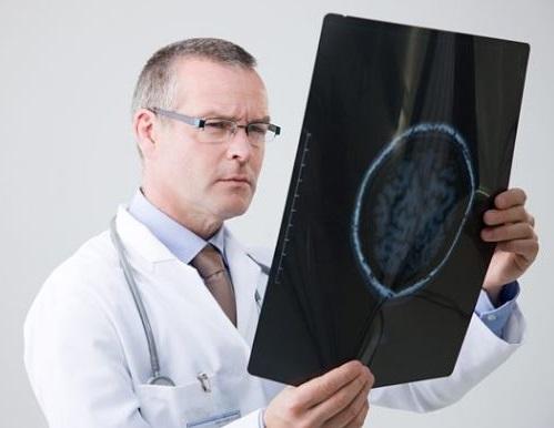 sera un neurologo quien diagnostique la ataxia