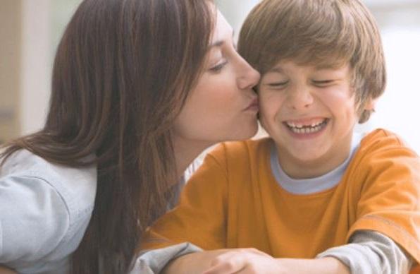 demuestrale a tu hijo lo mucho que le quieres con palabras y actos