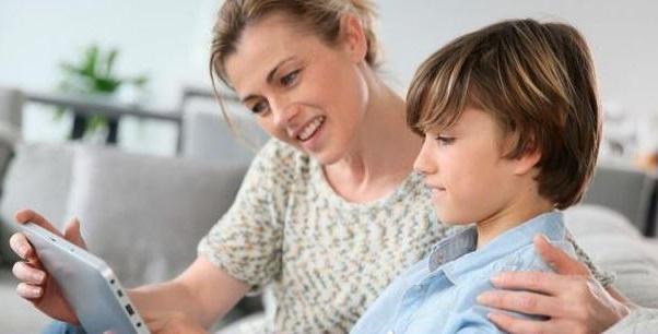 el mejor tratamiento para que tu hijo deje de tener tics es ser comprensivo y paciente con el