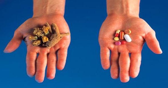 existen muchas diferencias entre la medicina alternativa y la medicina tradicional