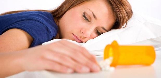 los medicamentos para dormir es uno de los mejores tratamientos para la hipersomnia pero hay que tener cuidado porque causan adiccion