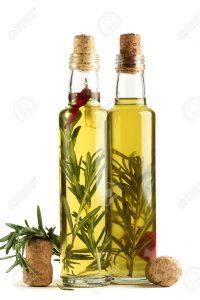 el aceite de oliva es ideal para todo tipo de cabellos