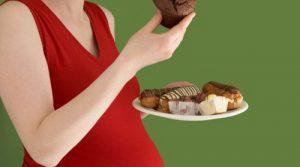 es importante controlar la alimentación mientras se esta embarazada