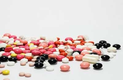 existen farmacos para la osteoporosis