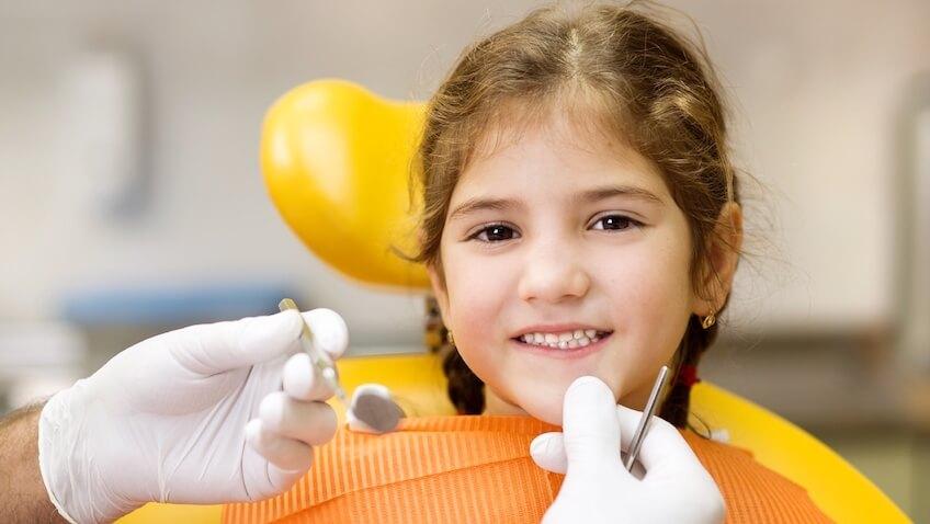 cuando hay que llevar a nuestro hijo al dentista