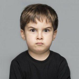 sintomas de un niño esquizofrenico