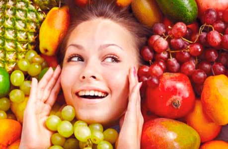 el colageno es necesario para el cuerpo y para la piel y hay que procurar tomar alimentos que lo contengan